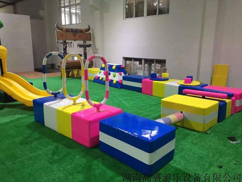 淘氣堡安裝圖片|兒童泡泡館安裝圖片|兒童拓展安裝圖片|兒童樂園安裝圖片|嬰兒游泳館安裝圖片